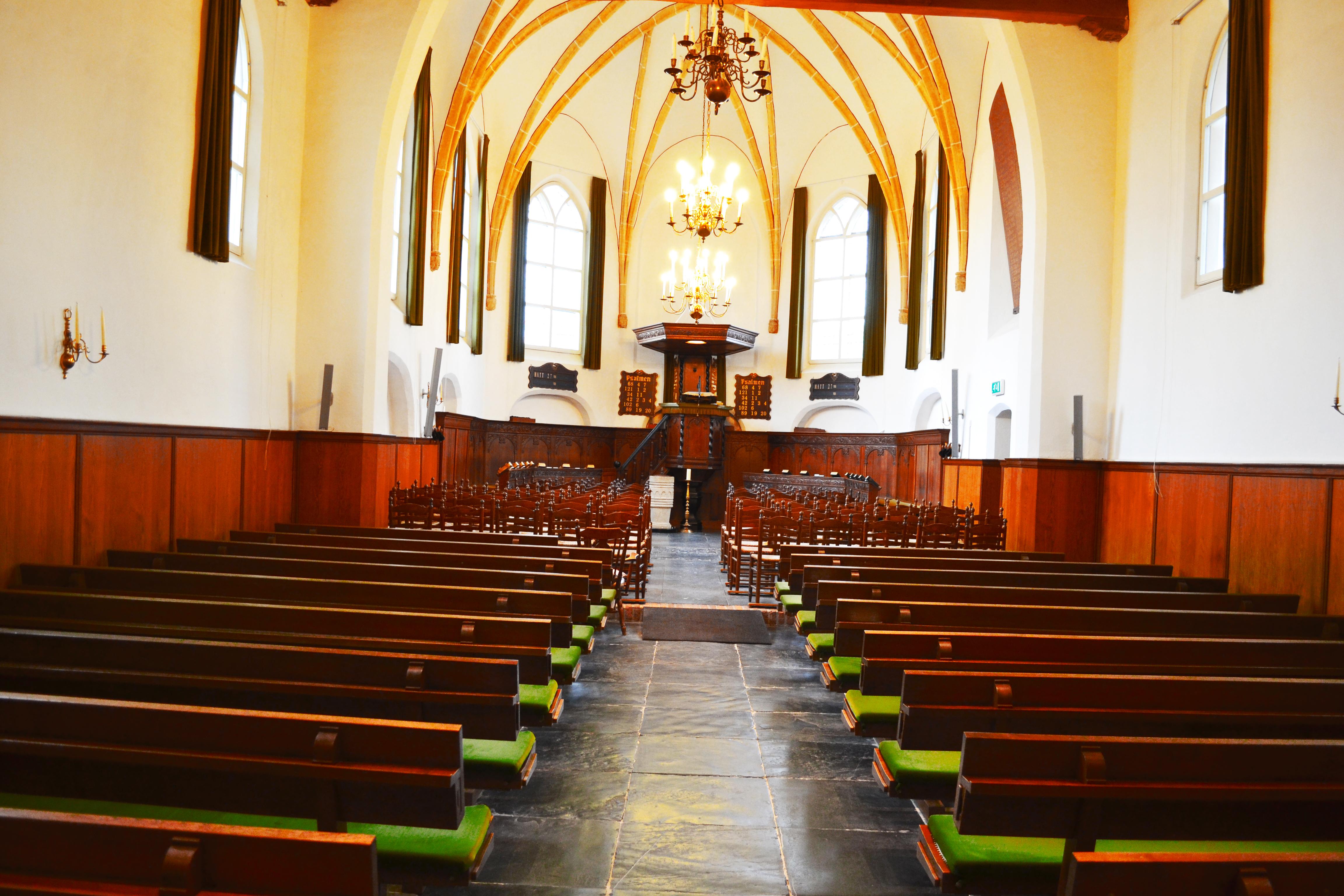 De kerk binnen